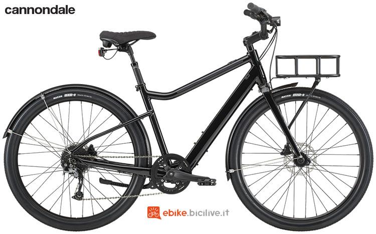 Una ebike per uso urbano Cannondale Treadwell Neo EQ