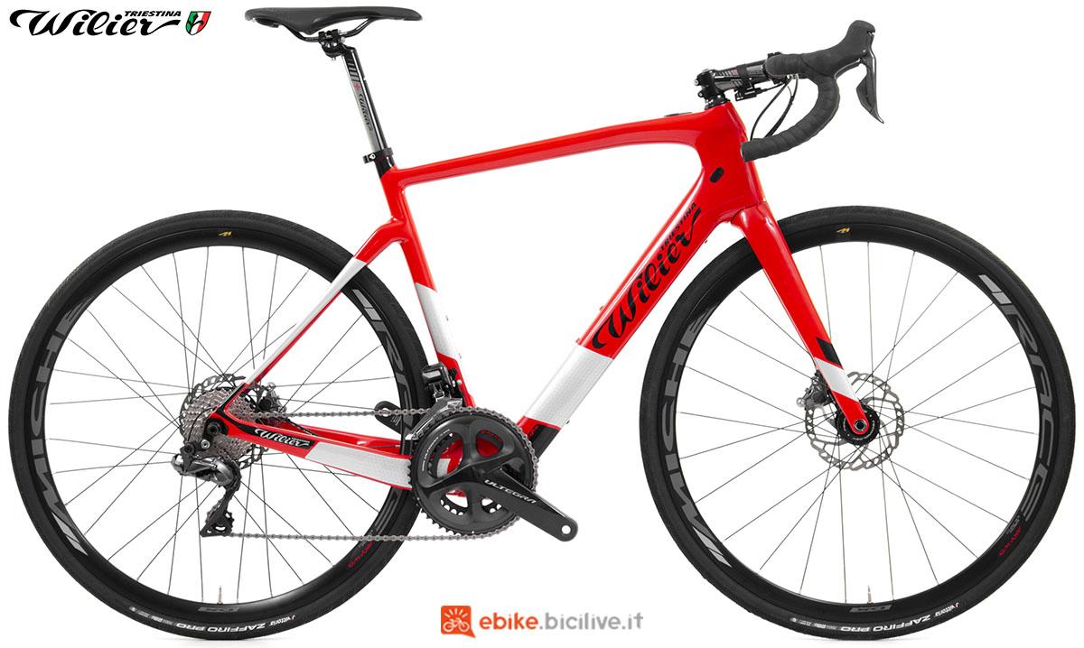 La bici ebike Wilier Triestina Cento1 Hybrid 2020