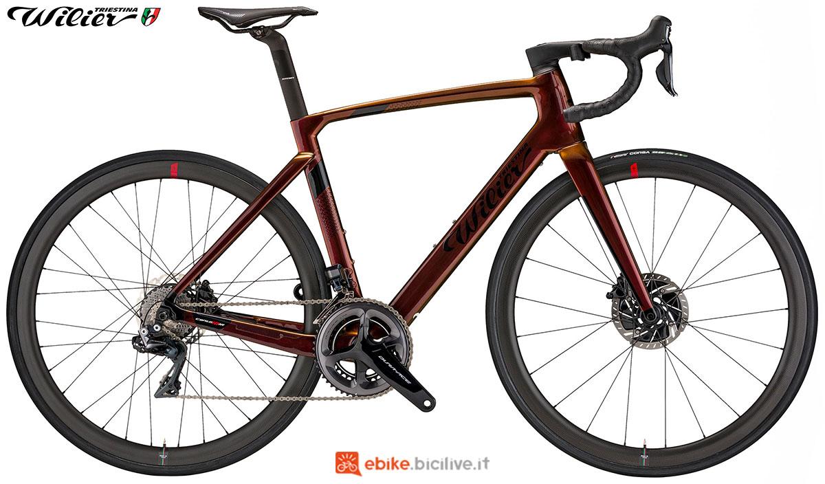 La bici ebike Wilier Triestina Cento10 Hybrid 2020