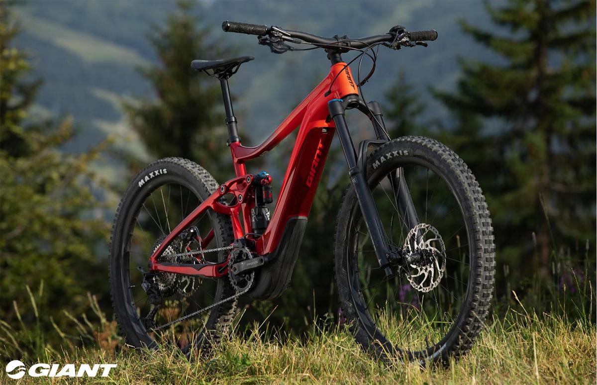 Una mountain bike a pedalata assistita Giant Reign E+ 1 Pro
