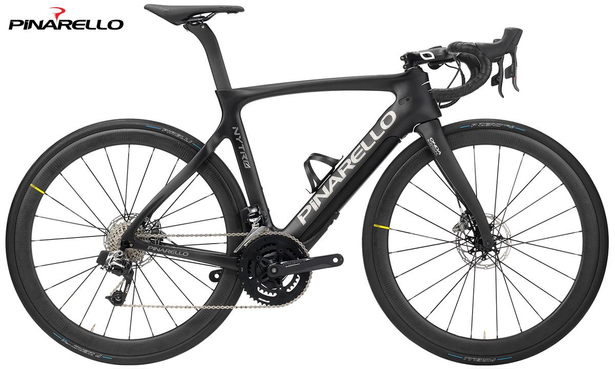 La bicicletta elettrica da strada Pinarello Nytro 2020 nella colorazione Carbon