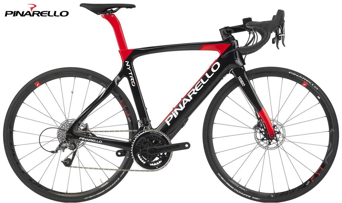 La bici e-Road Pinarello Nytro 2020 nella colorazione Carbon Red
