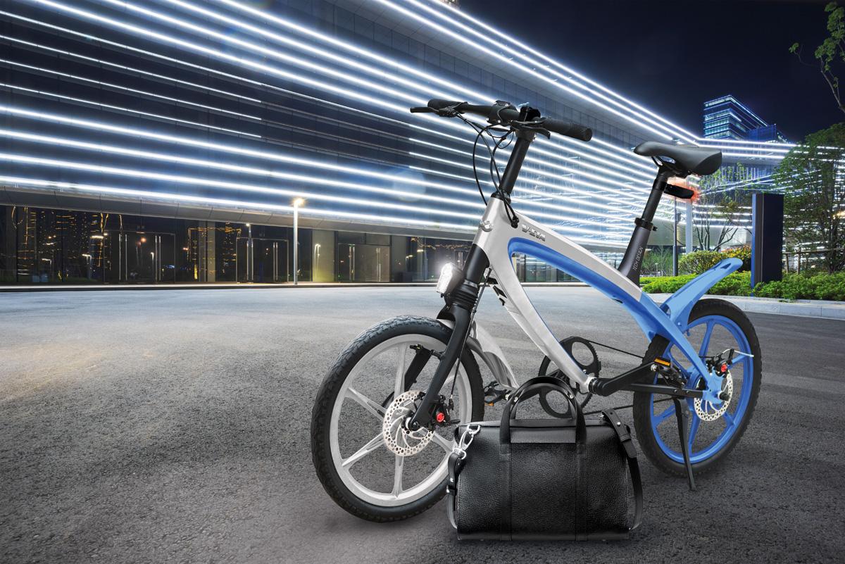 Una ebike a pedalata assistita V-ITA E-Volution