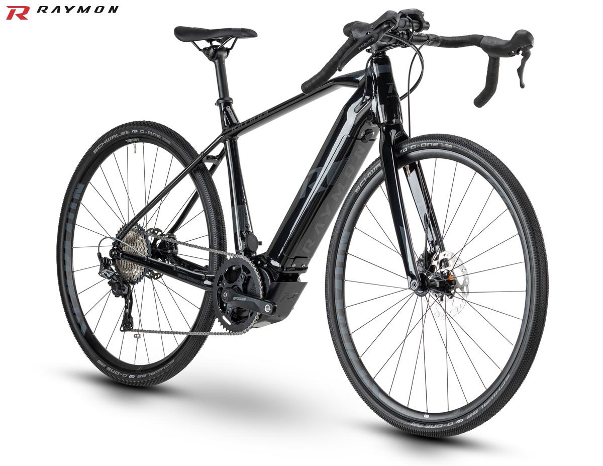 Una bici elettrica gravel R Raymon GravelRay E 7.0 dal catalogo 2020