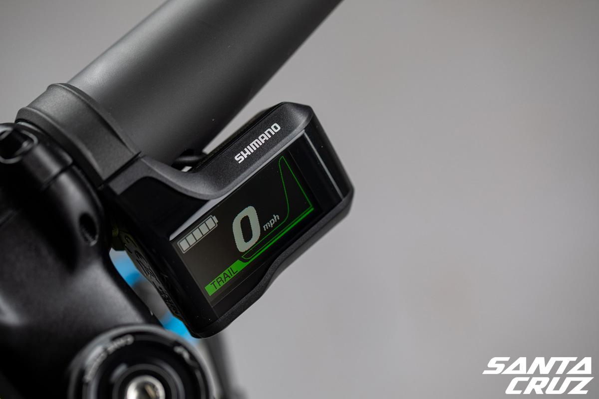 Il display Shimano Display Unit E8000 montato sulle Heckler Carbon CC di fascia alta