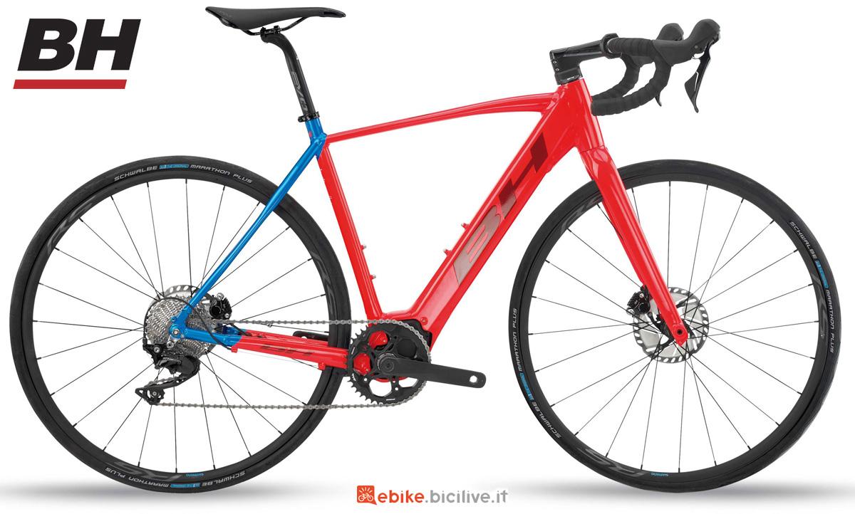 Una bici elettrica da gravel BH CORE GRAVELX 2.4 gamma 2020