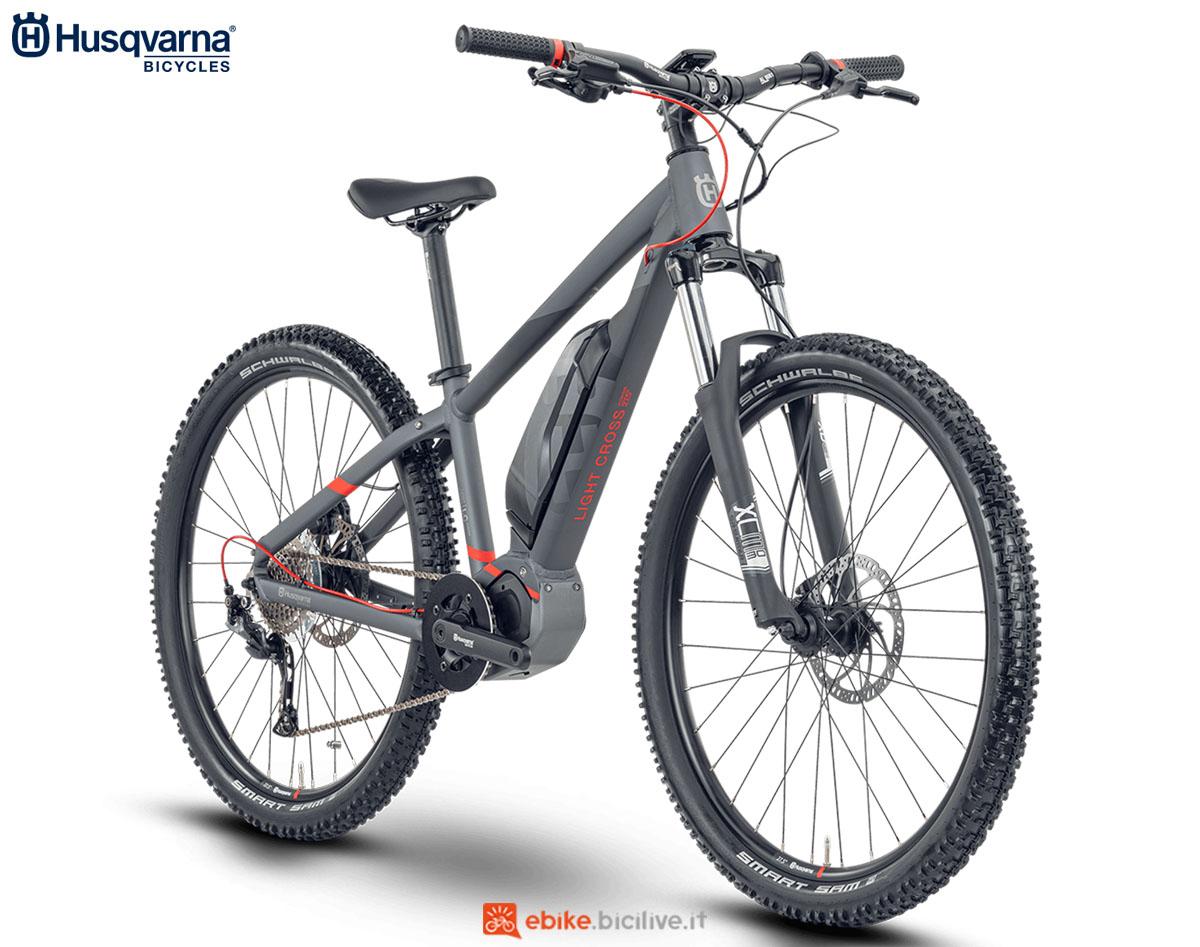 Una bici Husqvarna Light Cross LC JR 27.5 2020