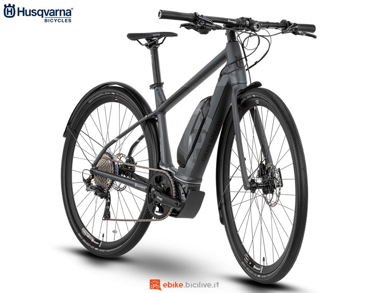 Una bici Husqvarna Gran Gravel GG5 Urban 2020