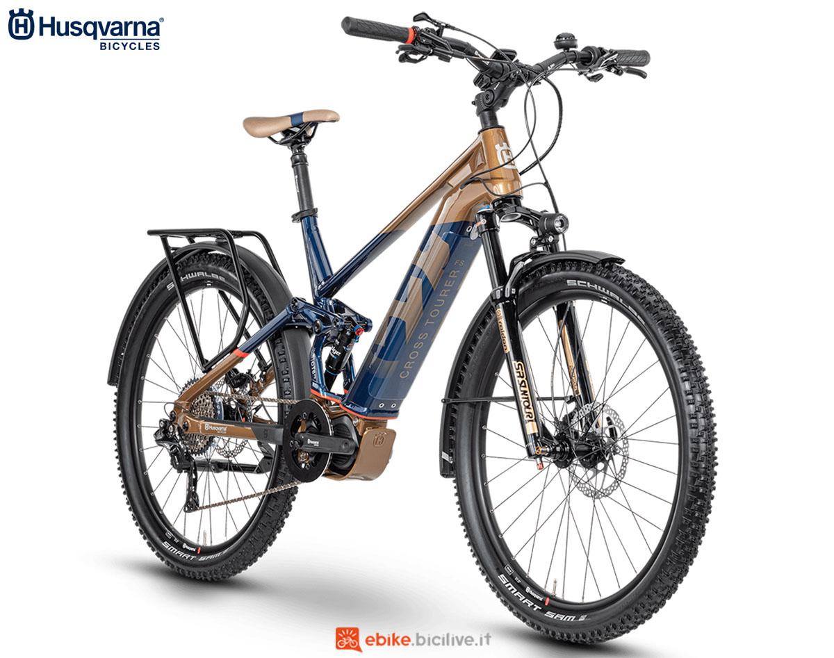 Una bici Husqvarna Cross Tourer CT6 FS 2020