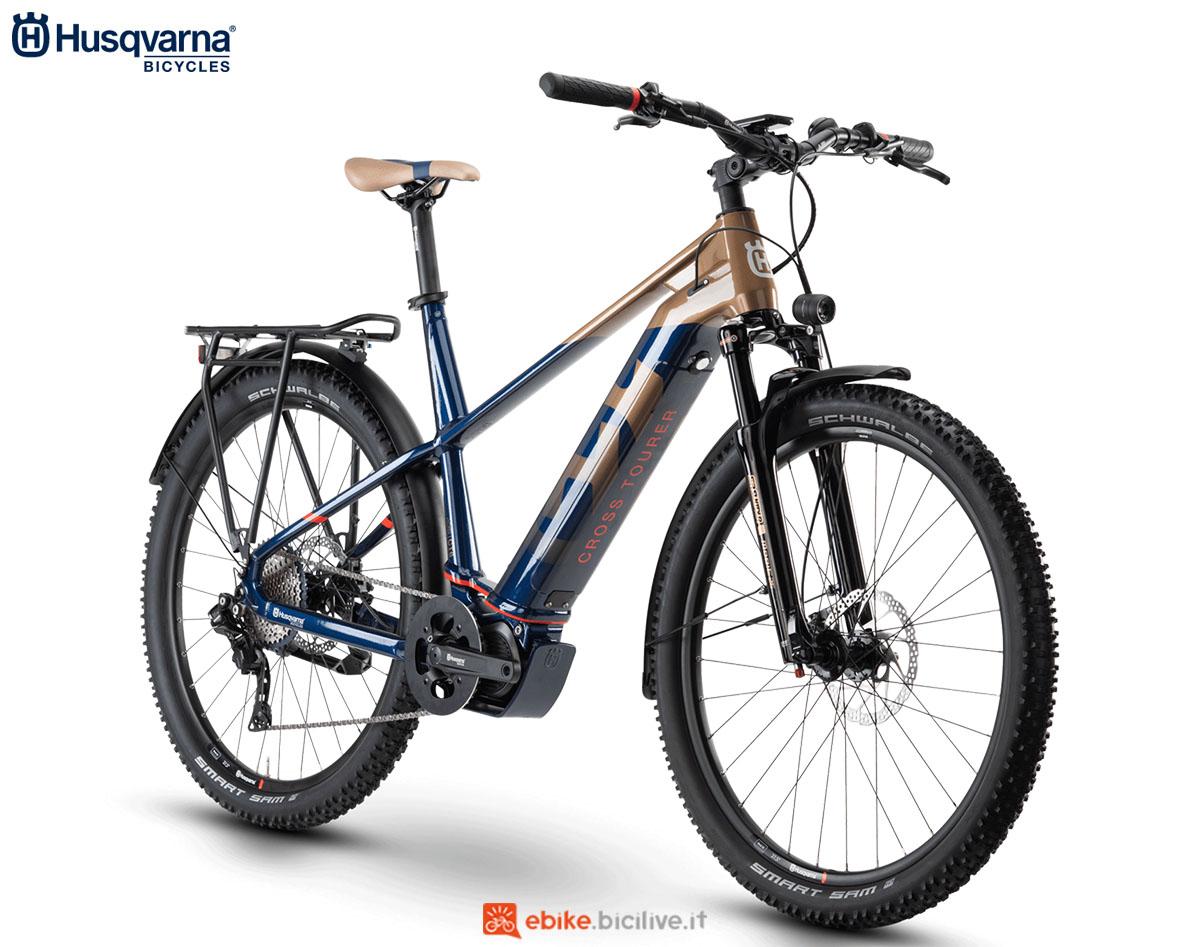 Una bici Husqvarna Cross Tourer CT6 GENT (uomo) 2020
