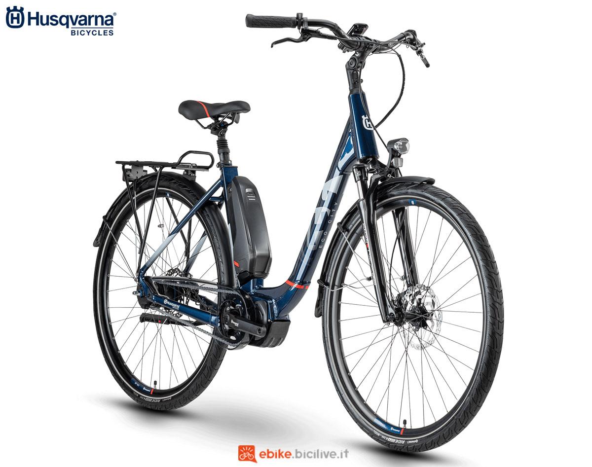 Una bici Husqvarna Gran City EC5 2020