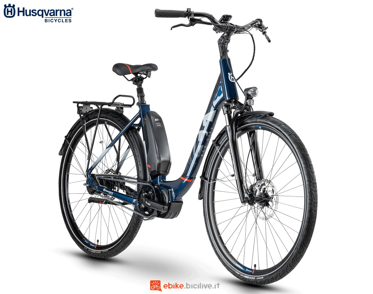 Una bici Husqvarna Gran City EC5 CB 2020