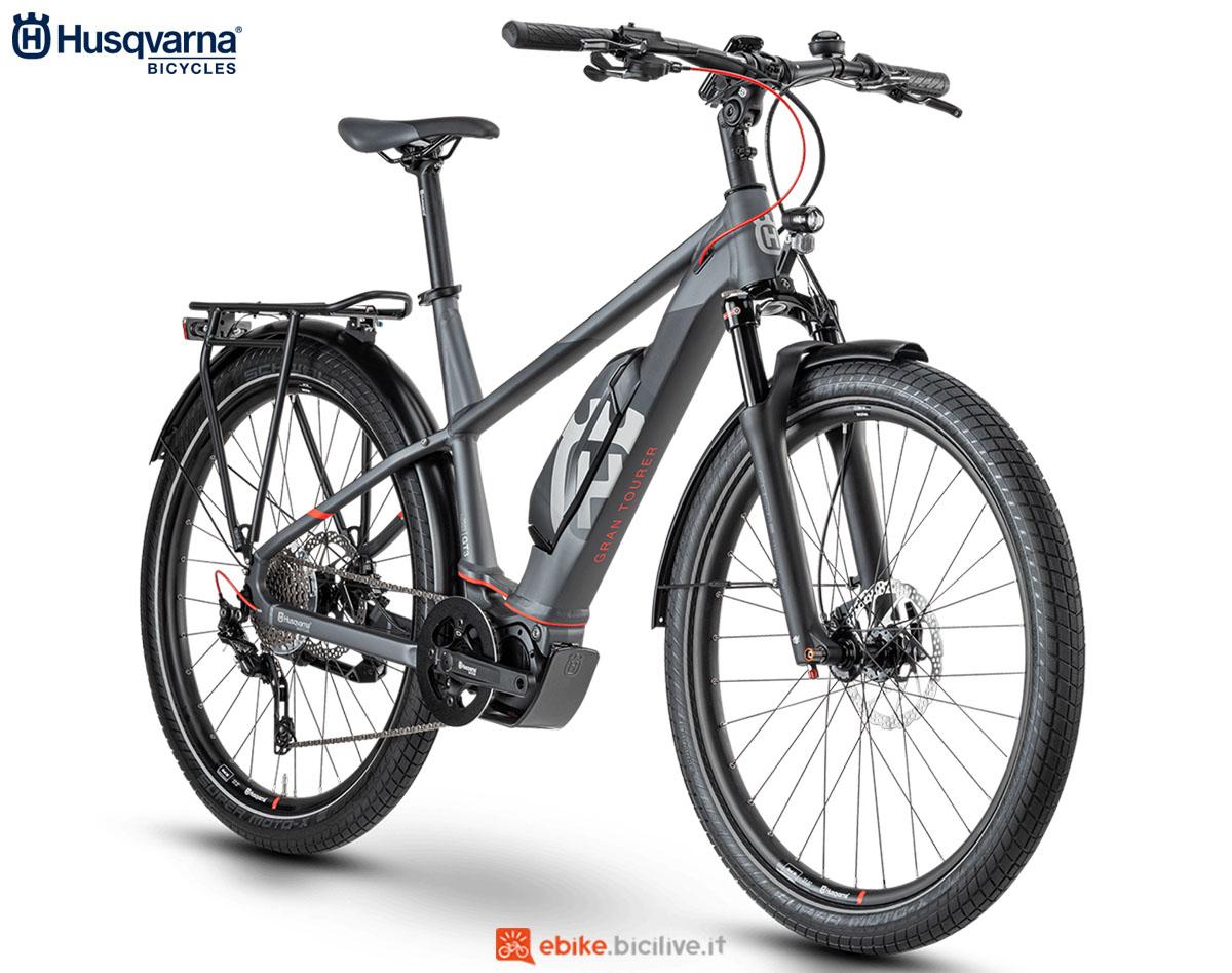 Una bici Husqvarna Gran Tourer GT3 GENT (uomo) 2020