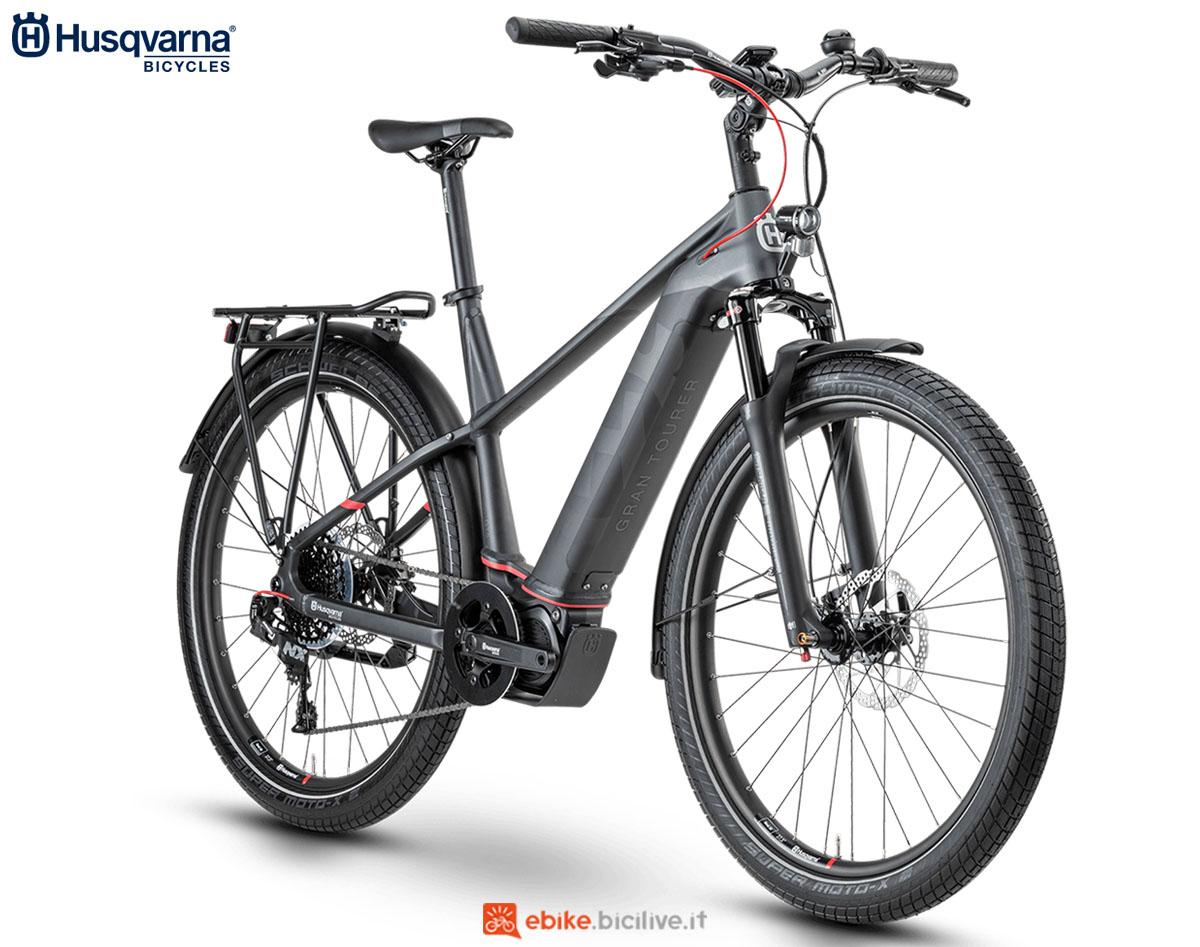 Una bici Husqvarna Gran Tourer GT5 GENT (uomo) 2020