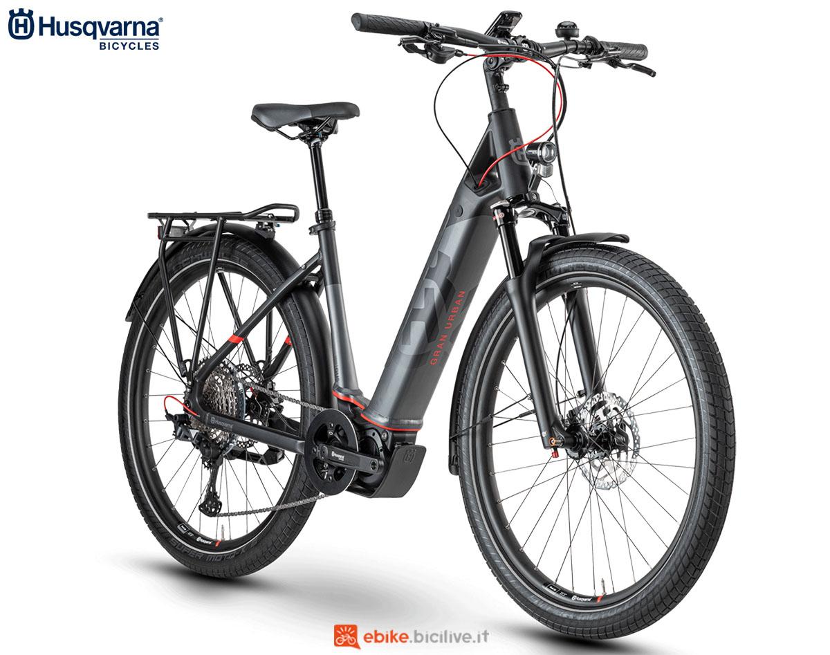 Una bici Husqvarna Gran Urban GU5 2020
