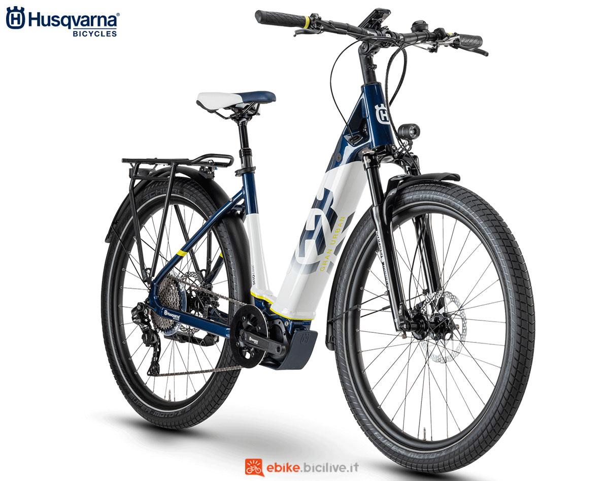 Una bici Husqvarna Gran Urban GU6 2020