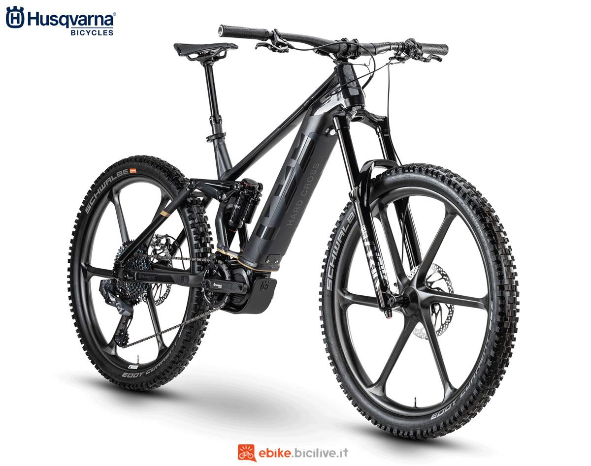 Una bici Husqvarna Hard Cross HCX 2020