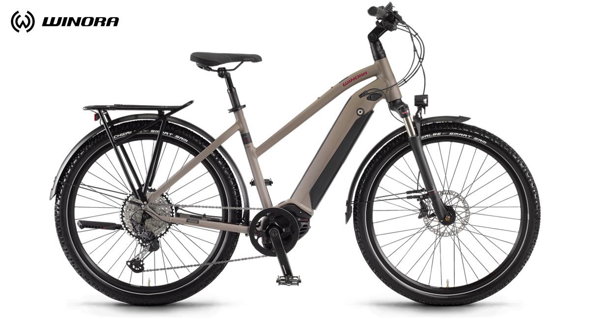 Una bicicletta elettrica Winora Sinus iX12 2020 con telaio da donna