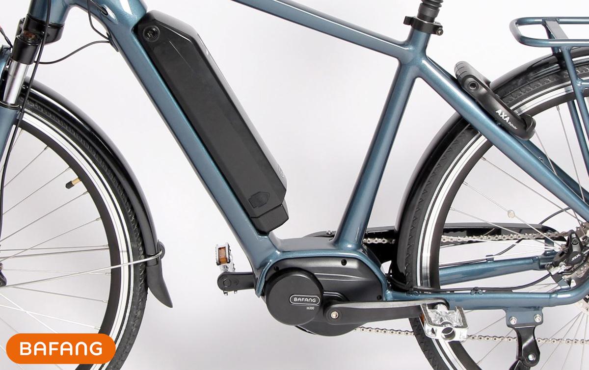 Una city e-bike equipaggiata col motore centrale Bafang M200