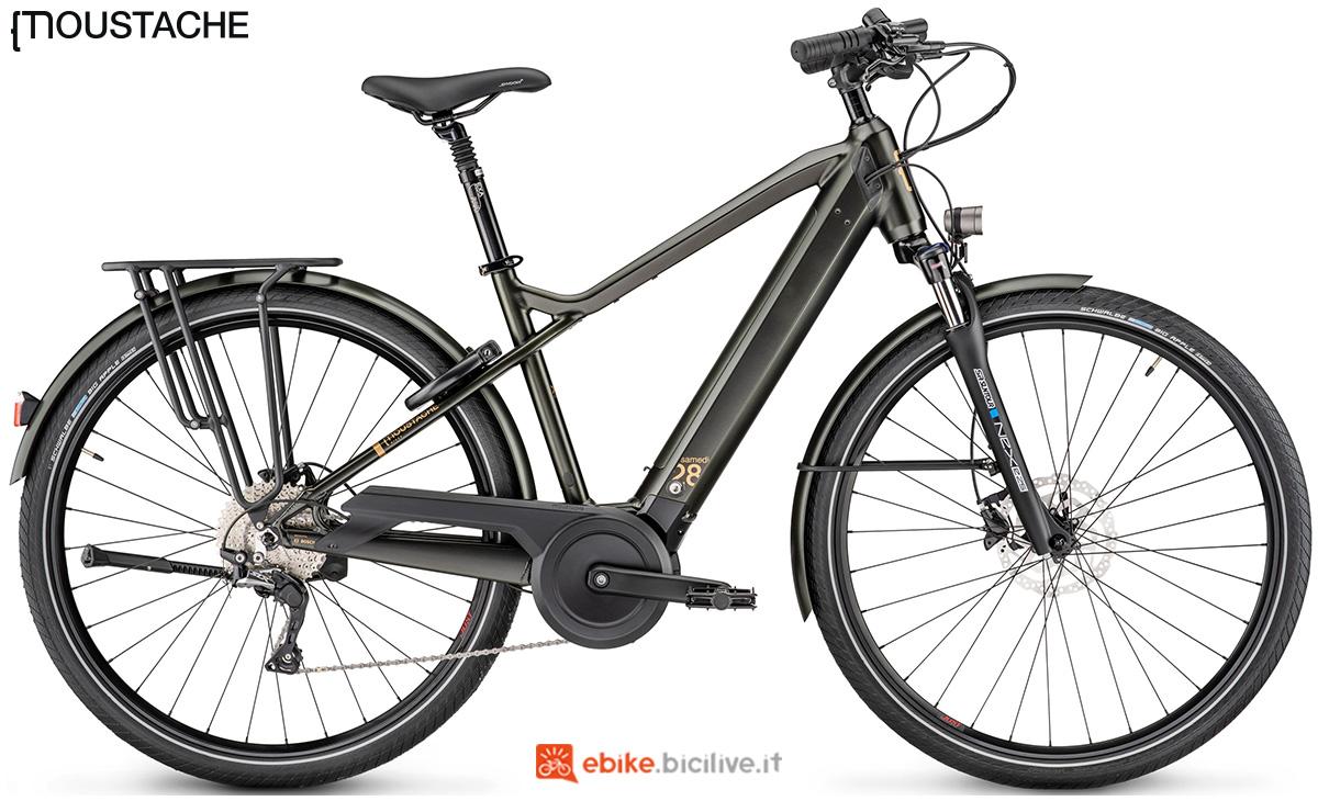 Una bici a pedalata assistita Moustache Samedi 28.7