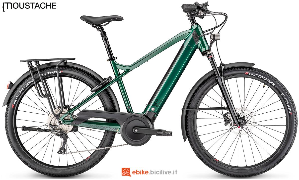 Una bicicletta elettrica a pedalata assistita Moustache Samedi 27 Xroad 5