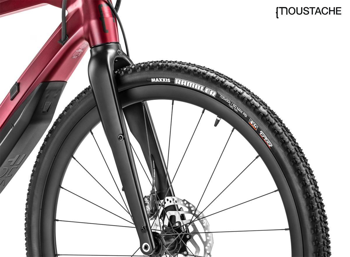 La forcella della gravel e-bike Moustache Dimanche 29.5