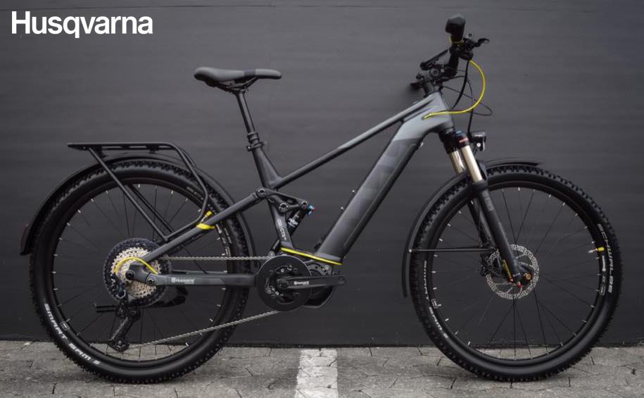 Una bici elettrica da trekking Husqvarna Cross Tourer 5FS dalla gamma 2020