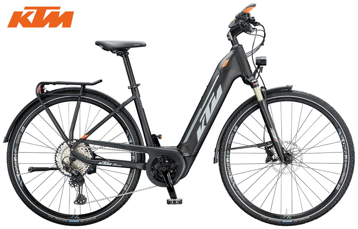 Una bici elettrica KTM Macina Sport 610 2020 nella versione con telaio a scavalco basso da donna