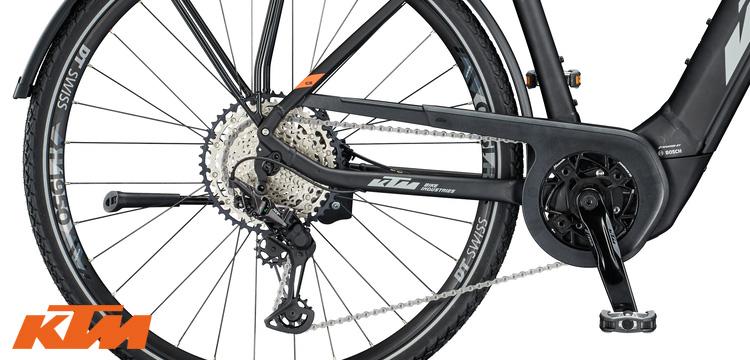 La trasmissione Shimano XT equipaggiata sulla e-bike KTM Macina Sport 610