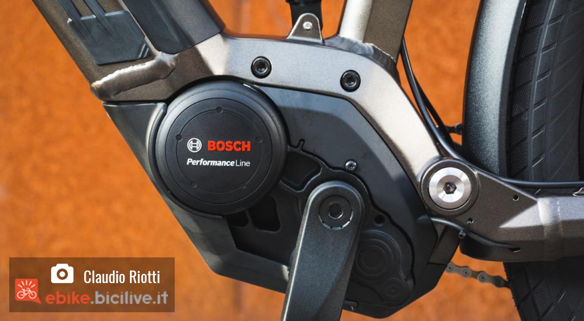 Dettaglio del motore Bosch montato sui modelli di bici elettriche Moustache gamma 2020