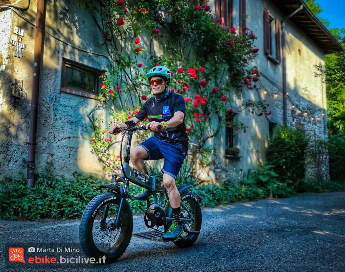 Foto di Claudio Riotti in sella alla e-fat Italwin K2 MAX