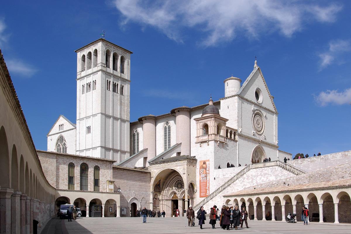 Foto della Basilica di San Francesco ad Assisi in Umbria (Italia)