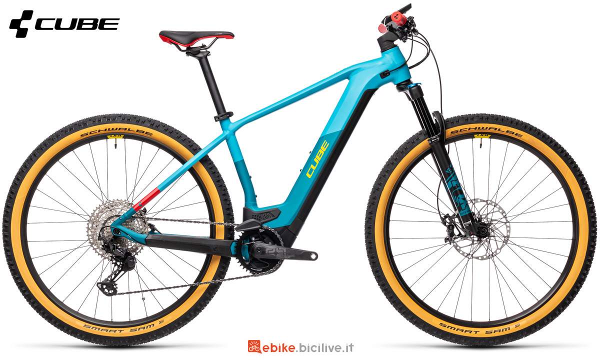 Una eMTB hardtail Cube Reaction Hybrid SLT 625 29 2021