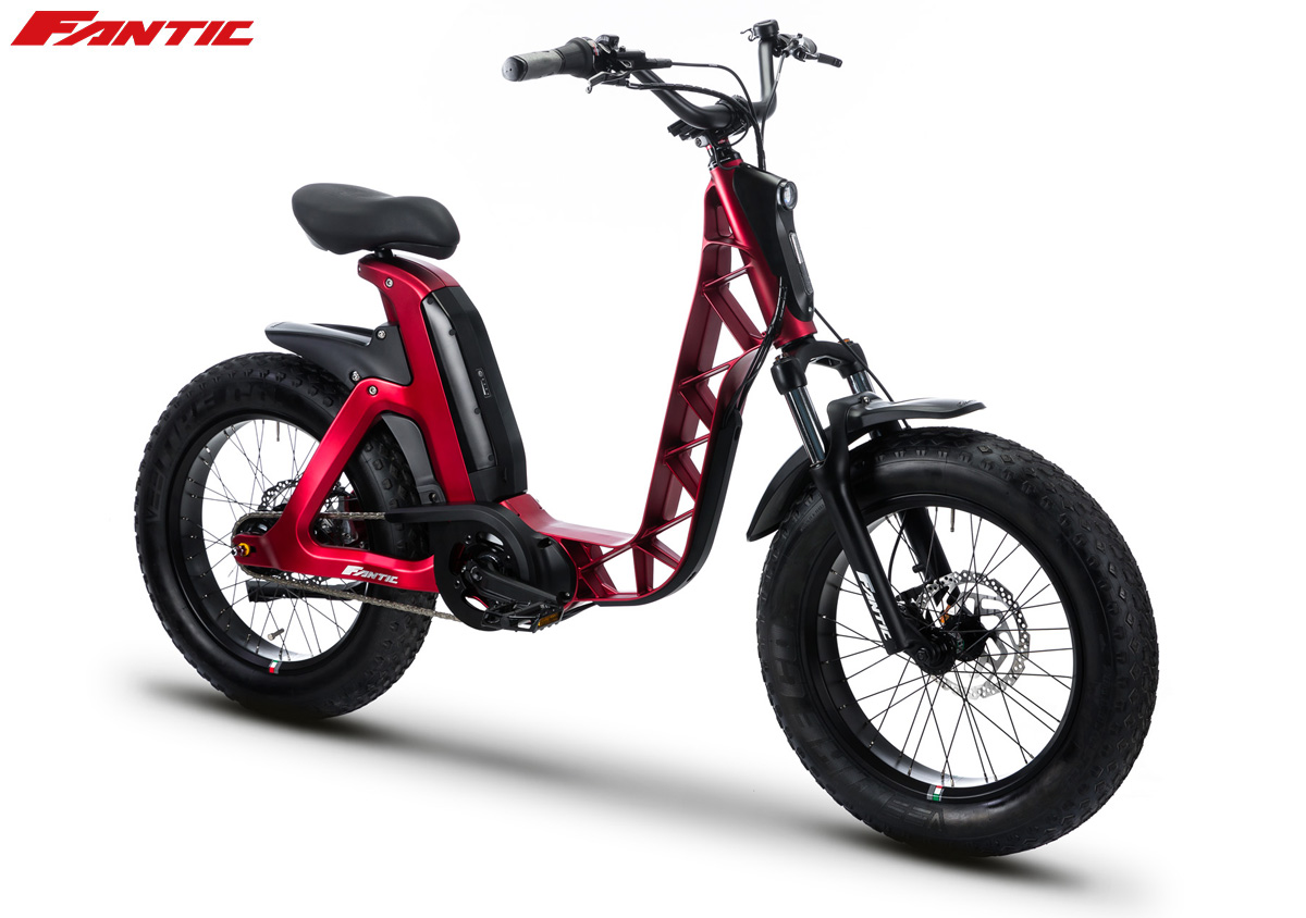 Una bici elettrica urban Fantc Issimo