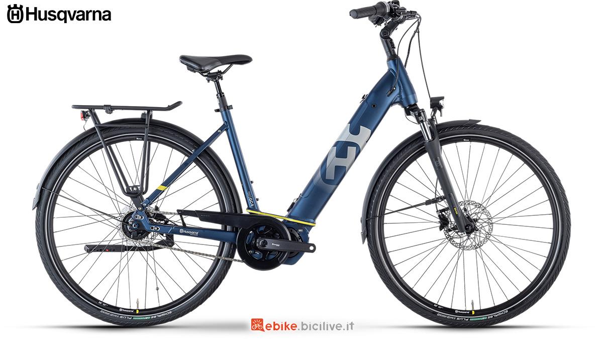 La nuova bici elettrica da città 2021 Husqvarna Gran Urban 4