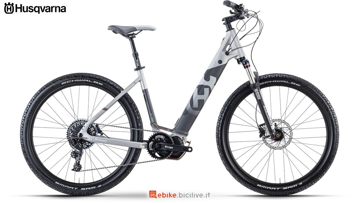 La nuova bici elettrica da trekking 2021 Husqvarna Gran Sport 5