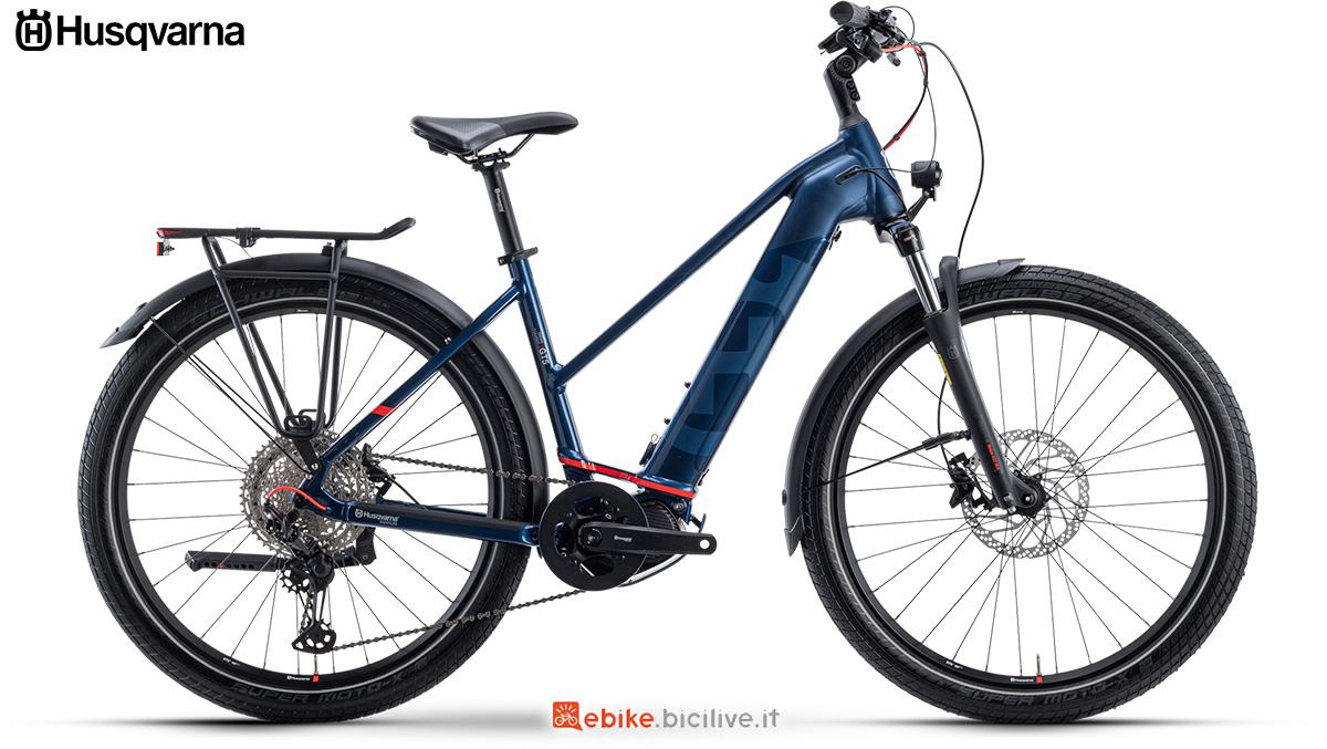 La nuova bici elettrica da trekking 2021 Husqvarna Gran Tourer 5 Lady