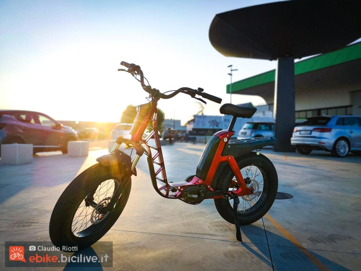La nuova bici elettrica Fantic ISSIMO, ideale per gli spazi urbani
