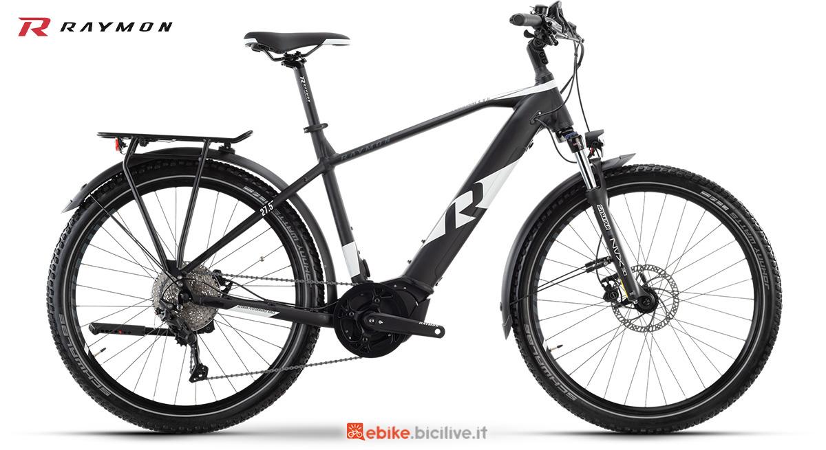 La nuova ebike per il trekking R Raymon CrossRay E 6.0 Gent della gamma 2021