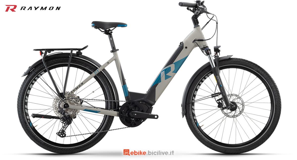 La nuova bici elettrica da trekking R Raymon TourRay E 7.0 Wave della gamma 2021