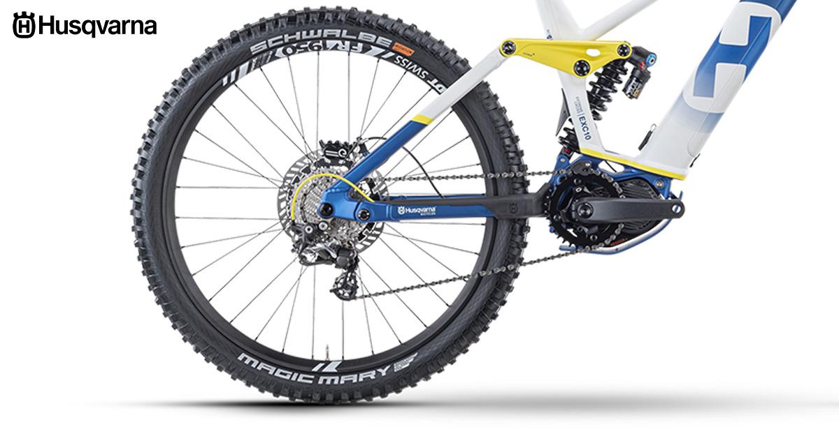 Dettaglio posteriore della nuova mountainbike elettrica Husqvarna Extreme Cross 10 2021