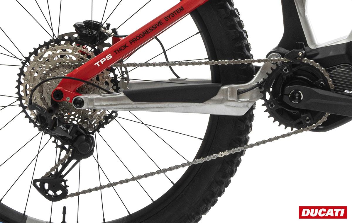 Dettaglio del gruppo e del motore montato sulla nuova Emtb Ducati TK-01RR 2021