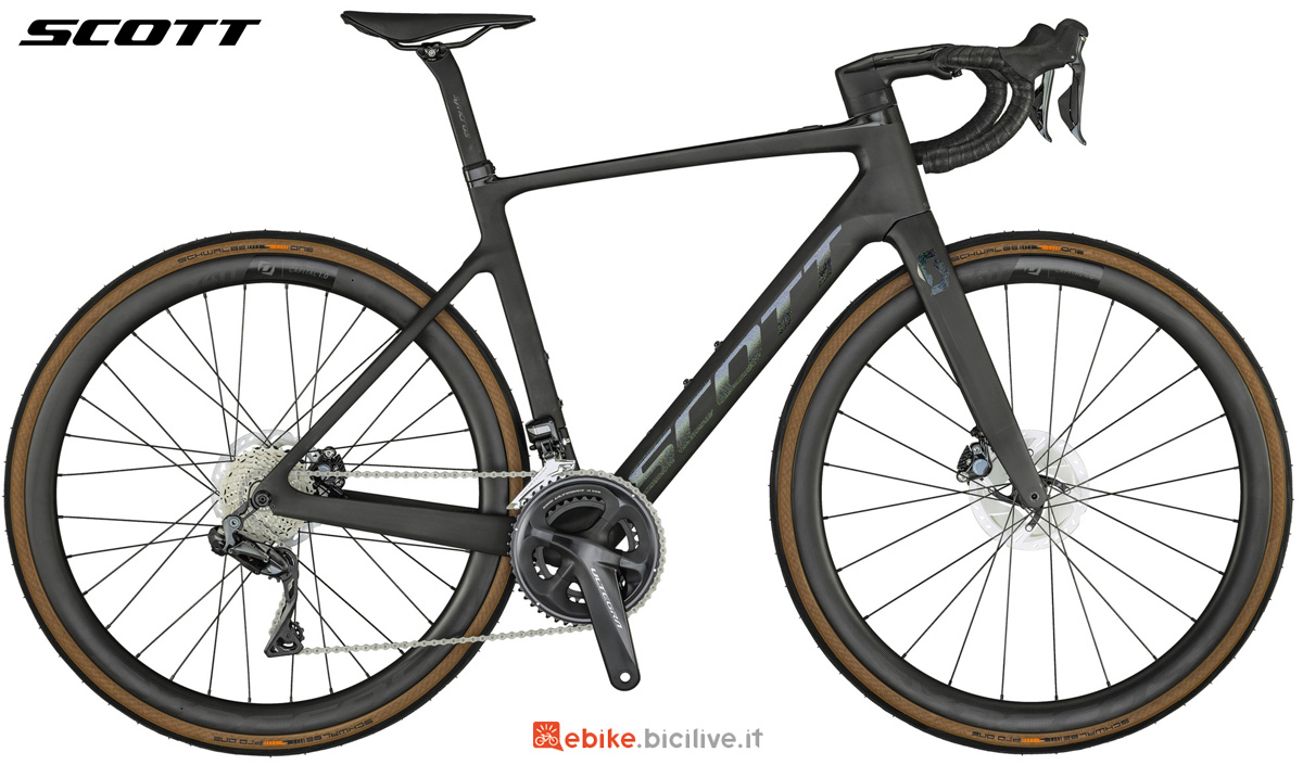 Una e-Road a pedalata assistita Scott Addict eRide 10 gamma 2021