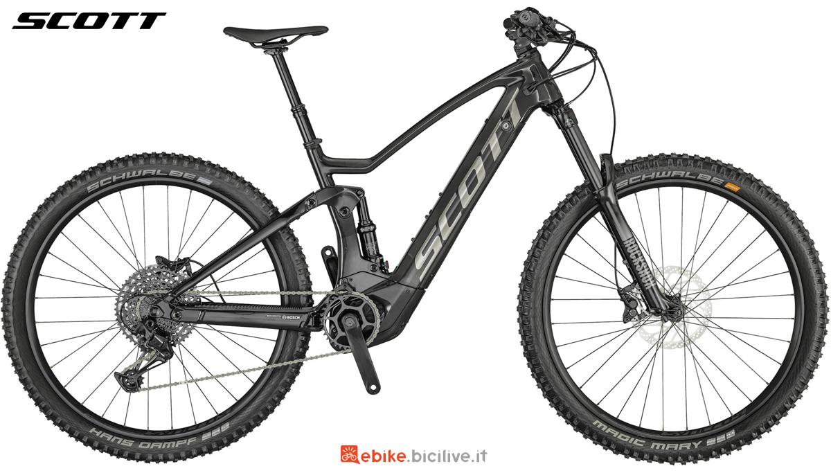 Una e-bike biammortizzata Scott Genius eRide 900 dal catalogo 2021