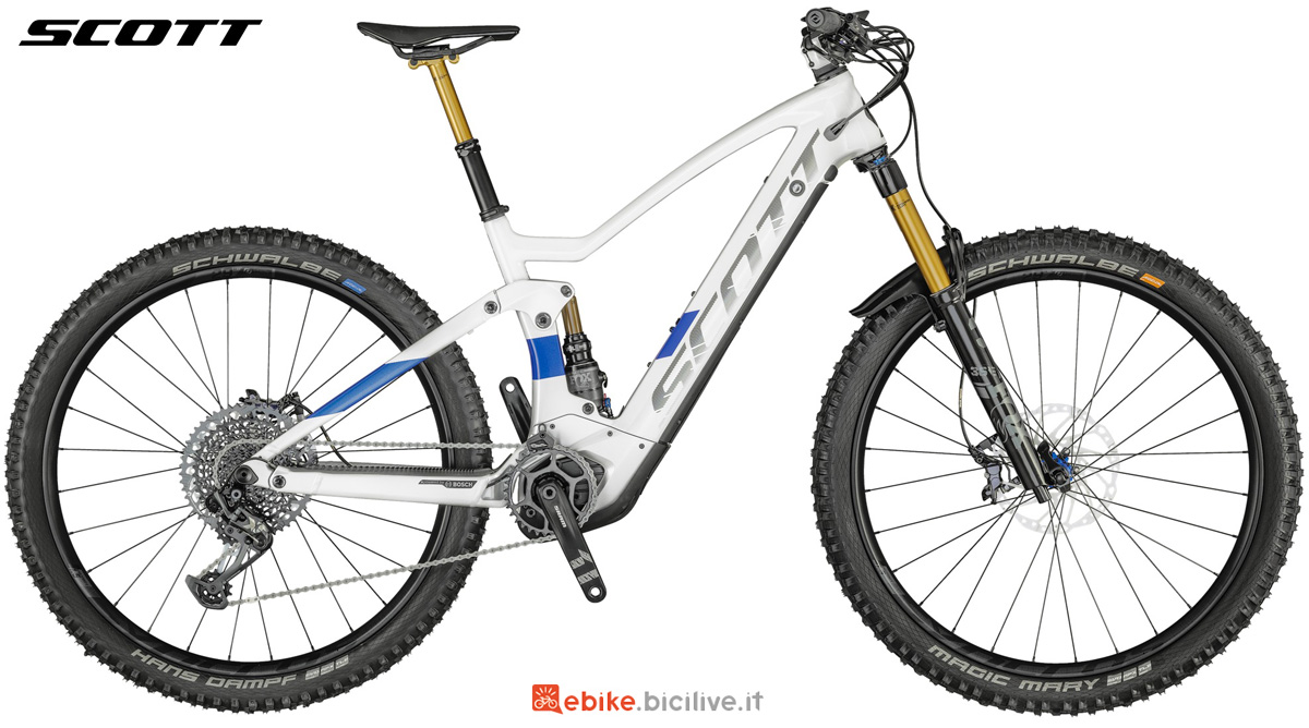 Una mountain bike a pedalata assistita Scott Genius eRide 900 Tuned 2021