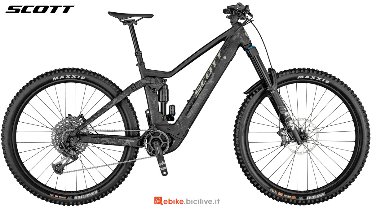Una mtb elettrica full suspension Scott Ransom eRide 910 gamma 2021