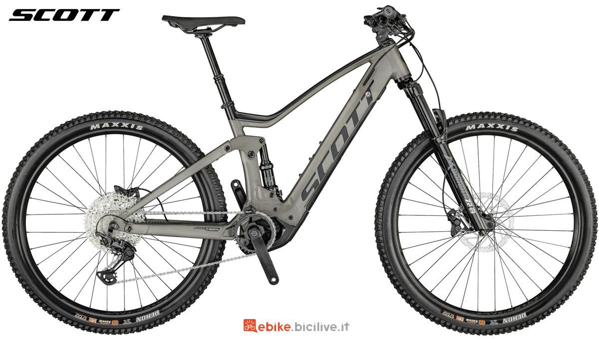 Una mtb a pedalata assistita Scott Strike eRide 920 dal catalogo 2021