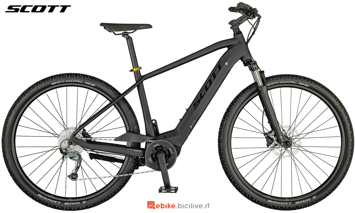Una e-bike urbana Scott Sub Cross eRide 20 MEN 2021