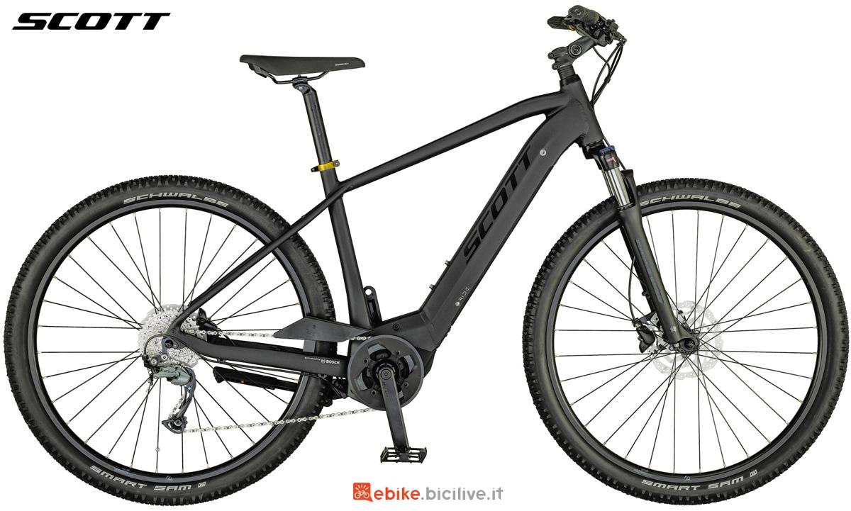 Una e-bike urbana Scott Sub Cross eRide 20 MEN 2021