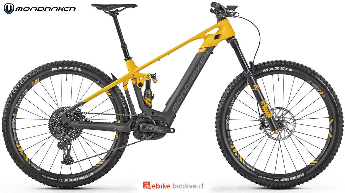 La nuova mountainbike elettrica biammortizzata Mondraker Crafty Carbon XR 2021
